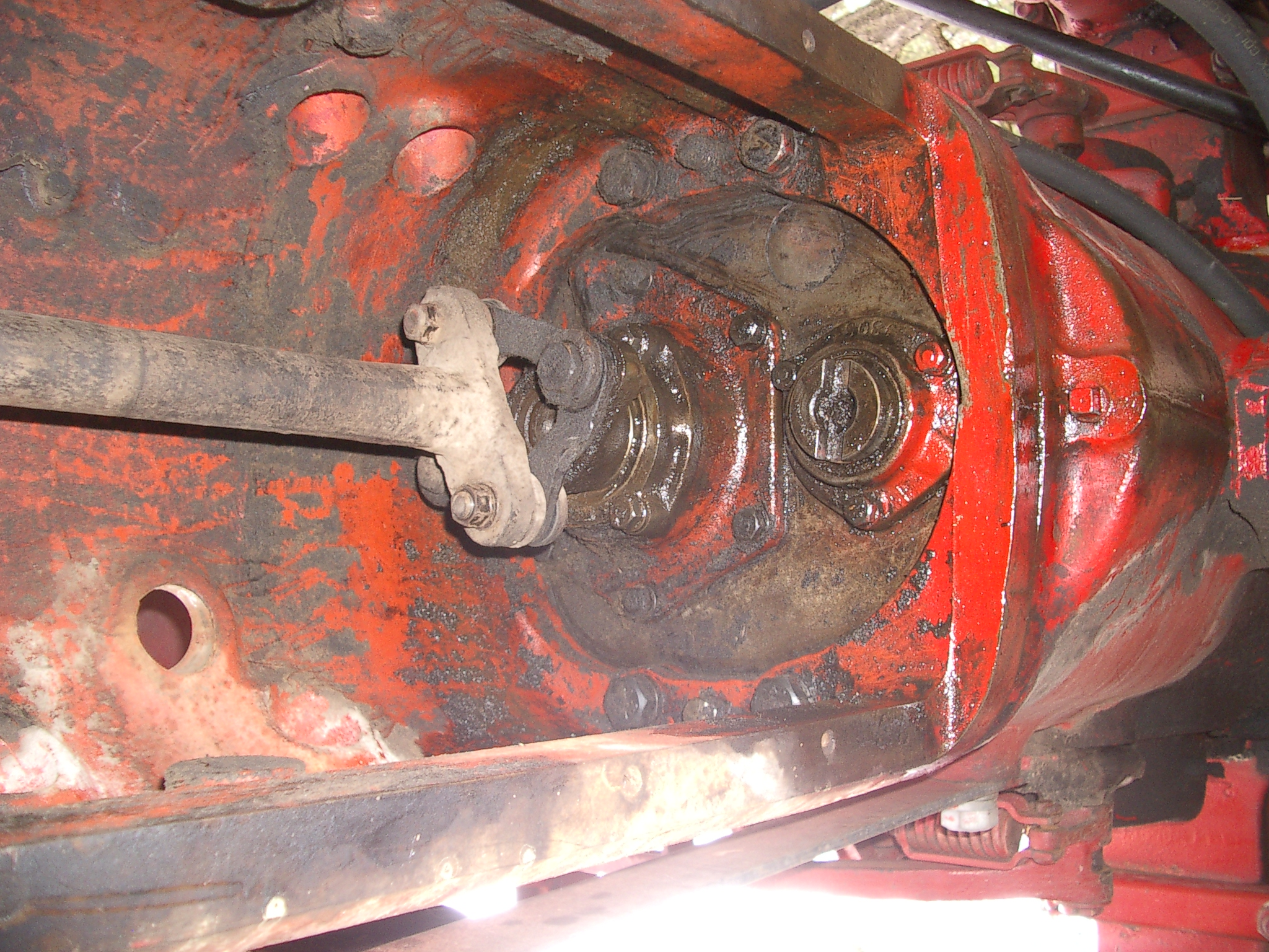 1951 H, Replace front seal/bearing    - Yesterday's Tractors